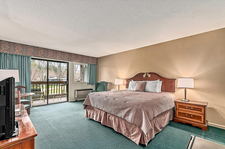 North Lodge King Room